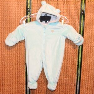 Carter's 6-9 Month Hooded with Ears Snowsuit EUC